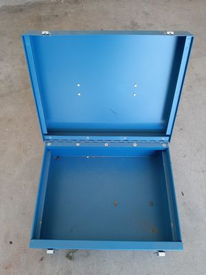 Heavy box for Sale in Rancho Cucamonga, CA