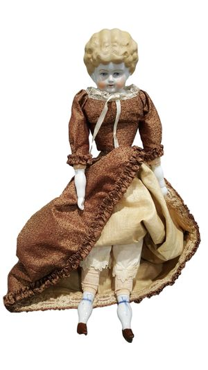 Victorian Antique China Head Doll Saw-Dust Stuffing w Hand Made laced dress for Sale in Compton, CA