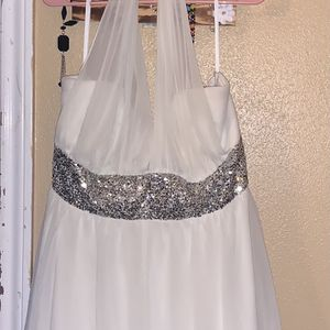 Beautiful Prom Dress for Sale in Crosby, TX