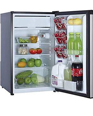 Magic chef mini fridge for Sale in Holly Hill, SC