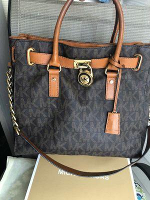 Michael kors authentic bag for Sale in San Antonio, TX