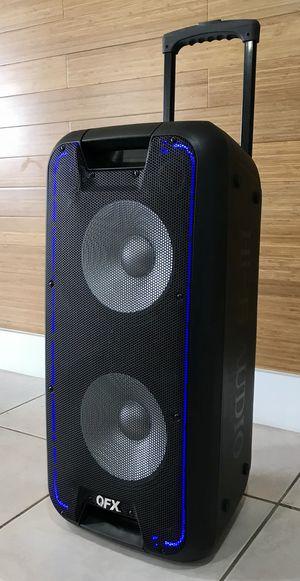 Speaker Bluetooth radio USB recargable karaoke aux for Sale in Miami Springs, FL