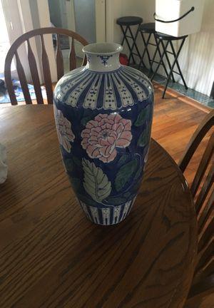 Flower vase large for Sale in Orlando, FL