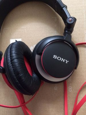 SONY. DJ style stereo headphone MDR-V55 for Sale in Aurora, CO