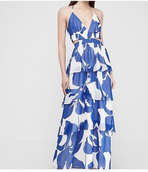 BRAND NEW WITH TAGS EXPRESS SZ MEDIUM 💥in blue & white💥 Tiered maxi dress for Sale in Denham Springs, LA
