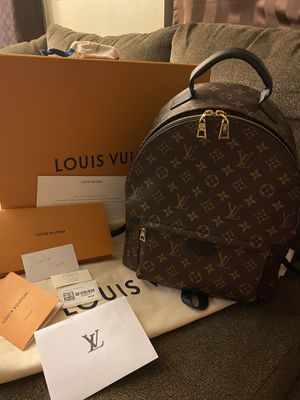 Louis Vuitton Palm Springs MM for Sale in Yorkville, IL