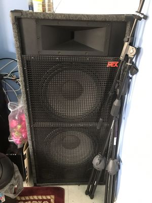 "Cd - Dj equipment and loudspeaker 📢 A pair of 15"" 3000 W amplifier for Sale in Frederick, MD"