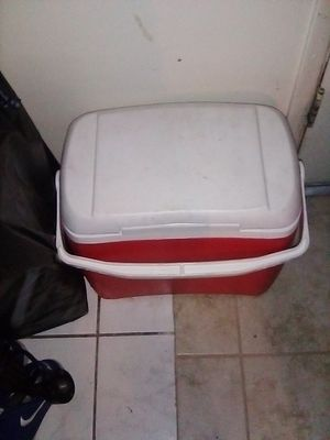 Ice chest good condition for Sale in West Covina, CA