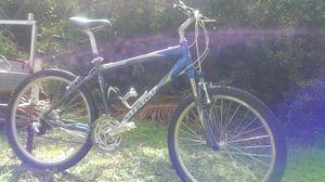 Giant Sedona DX comfort bike for Sale in Fort Pierce, FL