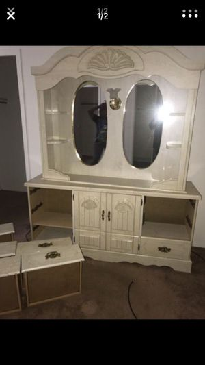 Large two piece dresser for Sale in Cleveland, OH