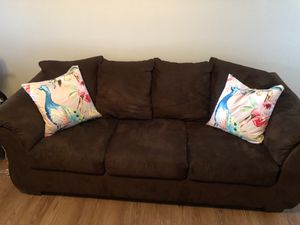 Couch & loveseat for Sale in Clarksville, TN