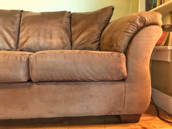 Beautiful Brown Sofa (FREE DELIVERY)