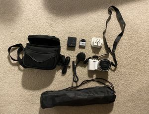 SONY NEX-5R for Sale in Issaquah, WA