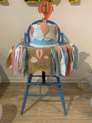 Antique high chair for Sale in Chicago, IL