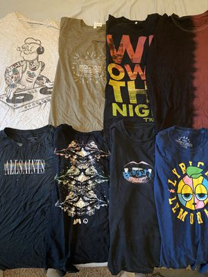 Mens T-Shirt / Long Sleeve / Button Down / Sweater / Jacket Lot for Sale in Gladstone, OR