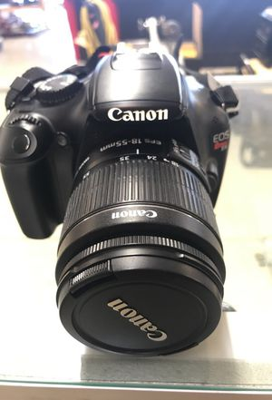 Canon EOS rebel T3 w/ charger and battery for Sale in Phoenix, AZ