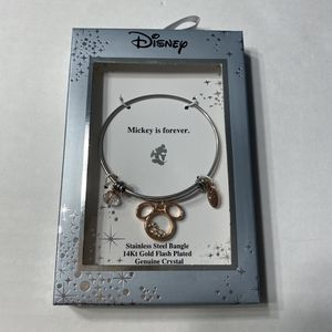NWT Disney Mickey Mouse 14 Kt Gold Bracelet for Sale in Mentor, OH