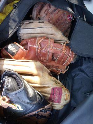 Baseball glove mitt adults or kids for Sale in San Leandro, CA