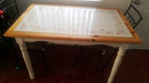Small kitchen table for Sale in Henderson, NV