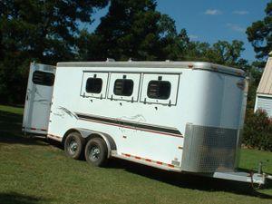 Fullyss2000 Sundowner 3 horse TraileWheels Clear for Sale in Charlotte, NC