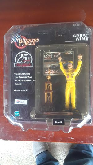 1999 Dale EarnHardts 25 Anniversary Winners Circle for Sale in Montclair, NJ