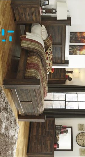 Quinden Dark Brown Poster Bedroom Set | B246 Queen and King size bed frame Dresser Mirror Nightstand for Sale in Houston, TX