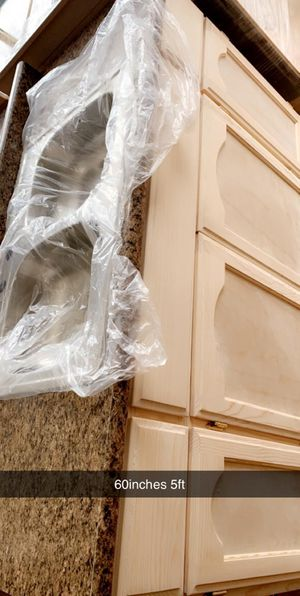 Kitchen cabinet 5ft formaica countertop & sink for Sale in Bell Gardens, CA