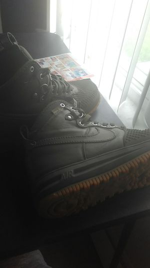 Green airforces(Will trade for any iPhone) for Sale in Taylor, MI