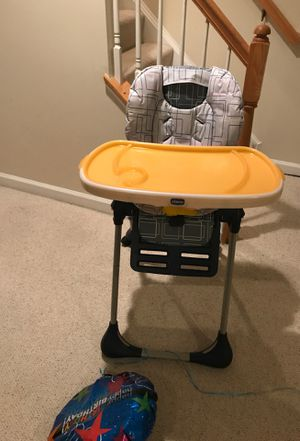 Chicco Baby Feeding Chair, Good Condition for Sale in Vienna, VA