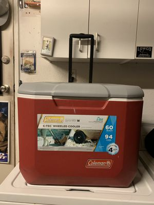 Coleman wheeled cooler/ice chest for Sale in Upland, CA