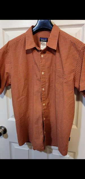 Men's Size large Patagonia shirt for Sale in Thornton, CO