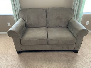 Sofa and love seat combo gently used and in great condition! for Sale in Nashville, TN