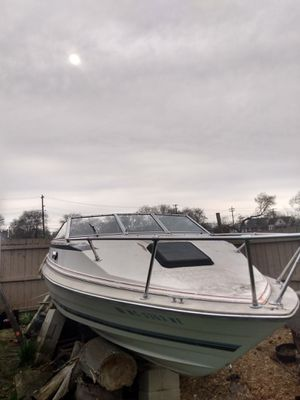 2 Bayliners 21 & 20' 1-Boat Trailer/ 4 cylinder Volvo Eng. that's ready to install Complete! Everything for $1,500 possible trade & cash for Sale in Detroit, MI