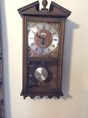 31 days wall clock works excellent! for Sale in National Park, NJ