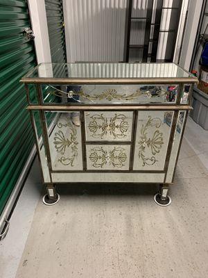 Mirror chest for Sale in Chicago, IL