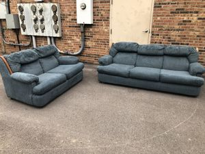 Couch and love seat for Sale in Florissant, MO