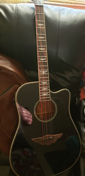 Keith Urban acoustic electric guitar for Sale in Kingsport, TN
