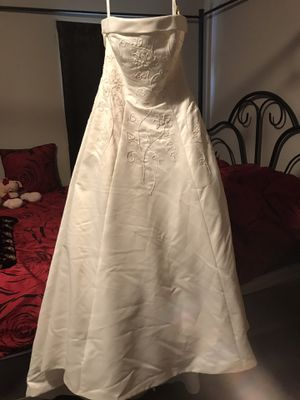 Eden bridal wedding dress reduced again for Sale in Murfreesboro, TN