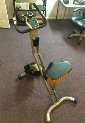 Exerpeutic Magnetic Exercise Bike w/ Heart Sensors for Sale in Saint Charles, MO