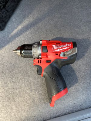 "Milwaukee M12 Fuel 1/2"" Hammer Drill/Driver, M12 1.5 and 2.0 AH Batteries, and M12 Chargers for Sale in Kent, WA"