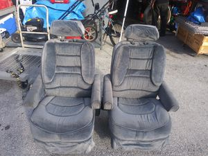 RV captain chair Zephyr motorhome front seats for Sale in Miami, FL