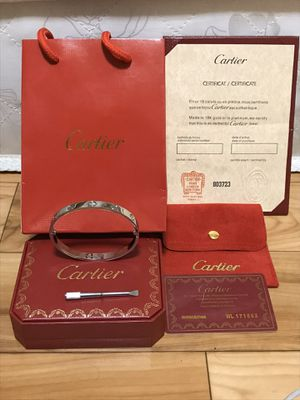 Cartier love bracelet for Sale in Queens, NY