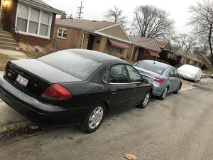 Ford Taurus for Sale in Chicago, IL