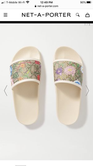 Authentic Gucci slides size 7 women's for Sale in Washington, DC
