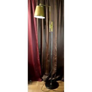 POTTERY BARN FLOOR LAMP for Sale in Sebring, FL