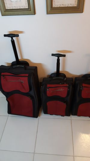 Eddie Bauer luggage, see size and pricing below for Sale in Sunrise, FL