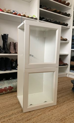 IKEA billy bookcases extension unit with glass doors for Sale in Bellevue, WA