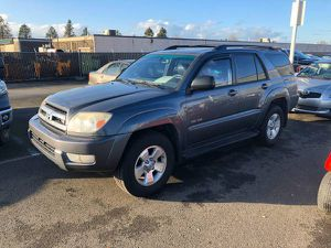 2005 Toyota 4Runner low miles Awd for Sale in Portland, OR