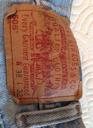 Men's Levi's 505 38/32 Well worn for Sale in Fort Washington, MD