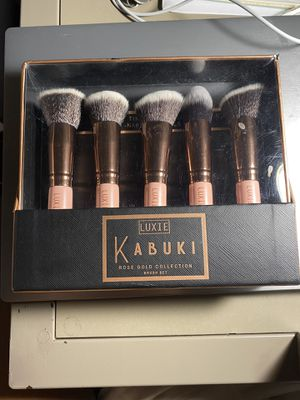 Kabuki Makeup Brush Set for Sale in Marietta, GA